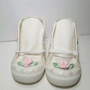 Pitter Patter Toddler Sneakers size 3